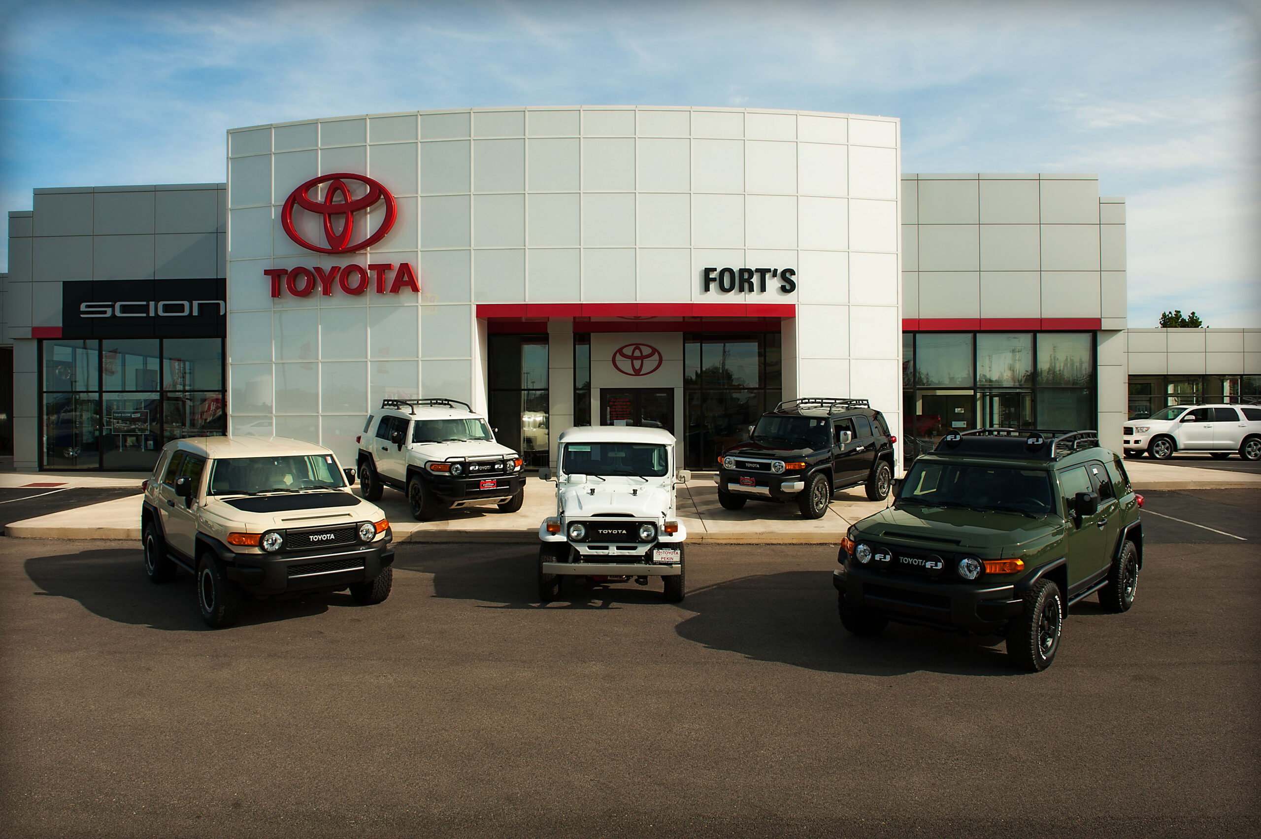 dealer toyota: