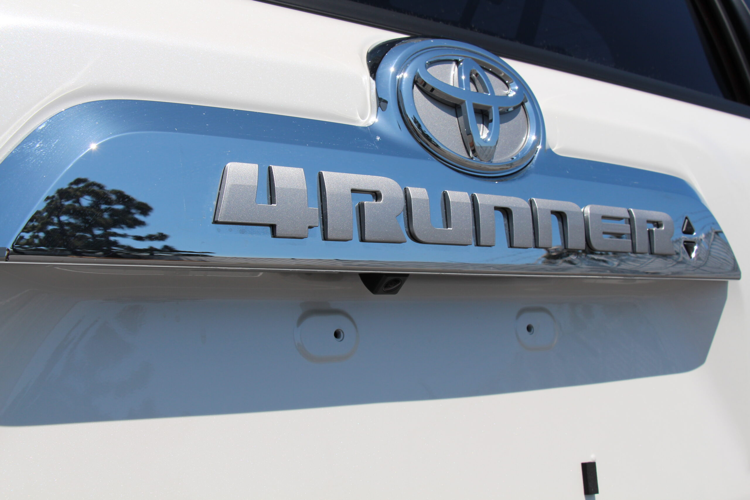 New 2014 4Runner Features Rugged Exterior Design To Match Its Authentic Off Road Heritage
