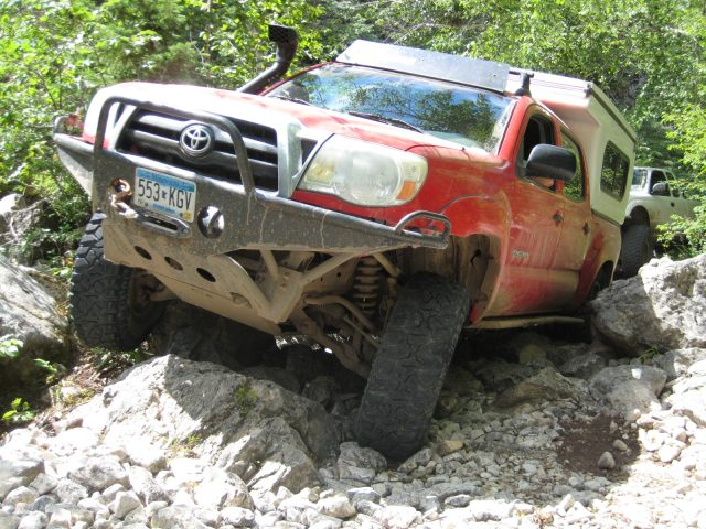 Dave sneaks his Tacoma through the Rocks.