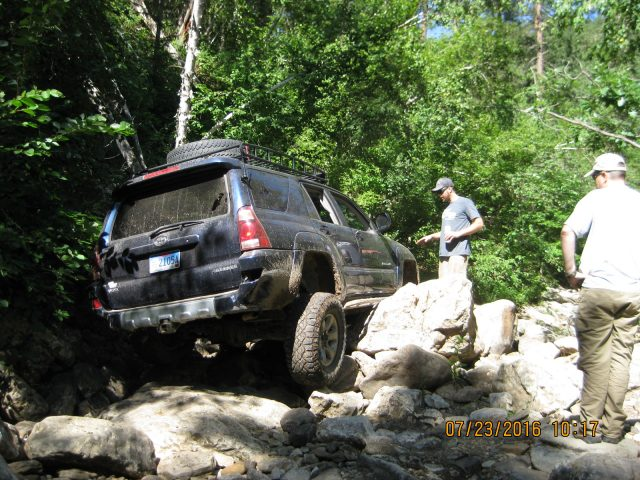 "Perry negotiates the rocks in his ""wife's"" 4th gen 4Runner."