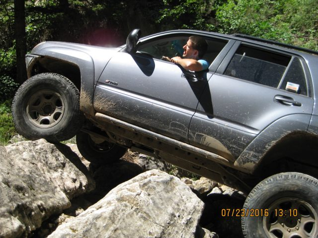 Jeremy negotiates rocks. Who says IFS can't wheel?
